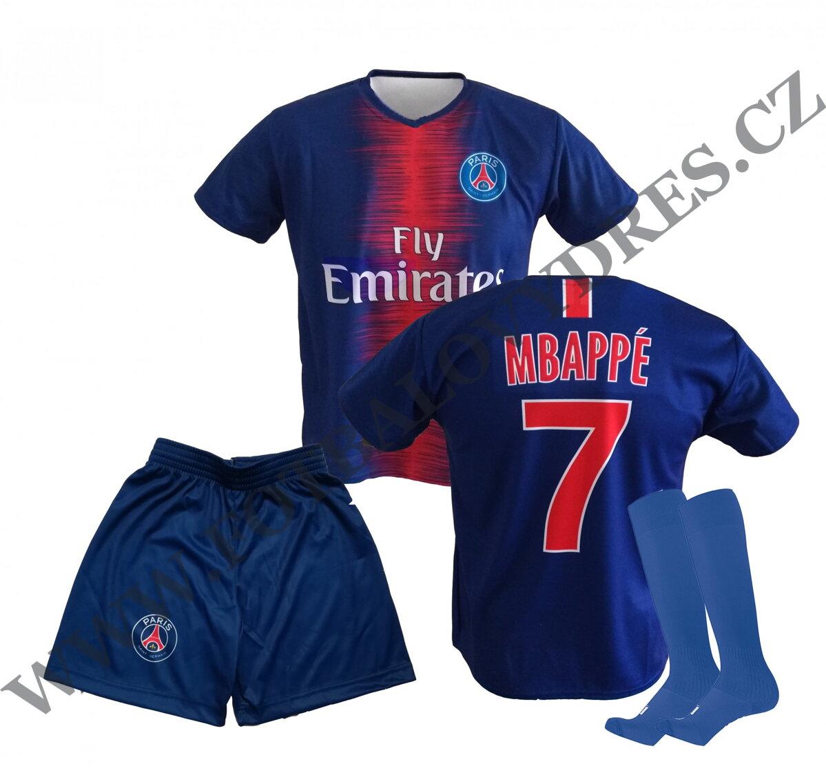 7b9f46b46 MBAPPE fotbalový A3 komplet PSG (dres + trenýrky + štulpny)